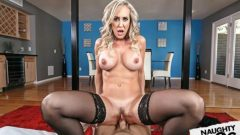 Seduced By A Cougar – Brandi Love