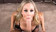 Your Friend's Hot Mom – Julia Ann, Chad White