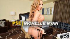 Naughty America VR – Richelle Ryan