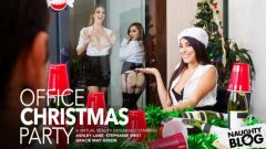 Naughty America VR – Ashley Lane, Gracie Green & Stephanie West